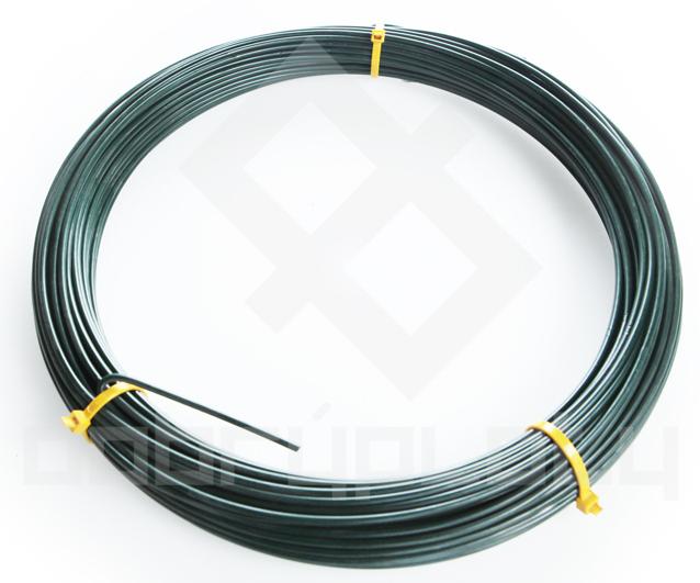 Napínací drát poplastovaný na plot délka 32bm, síla drátu 3,2 mm